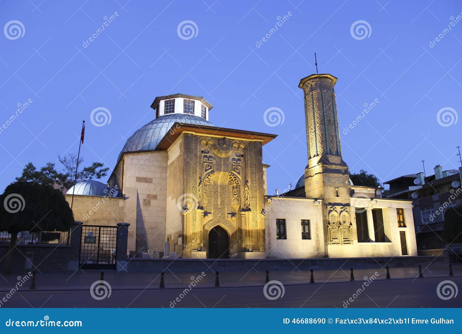 Minaret Medrasah d Ince