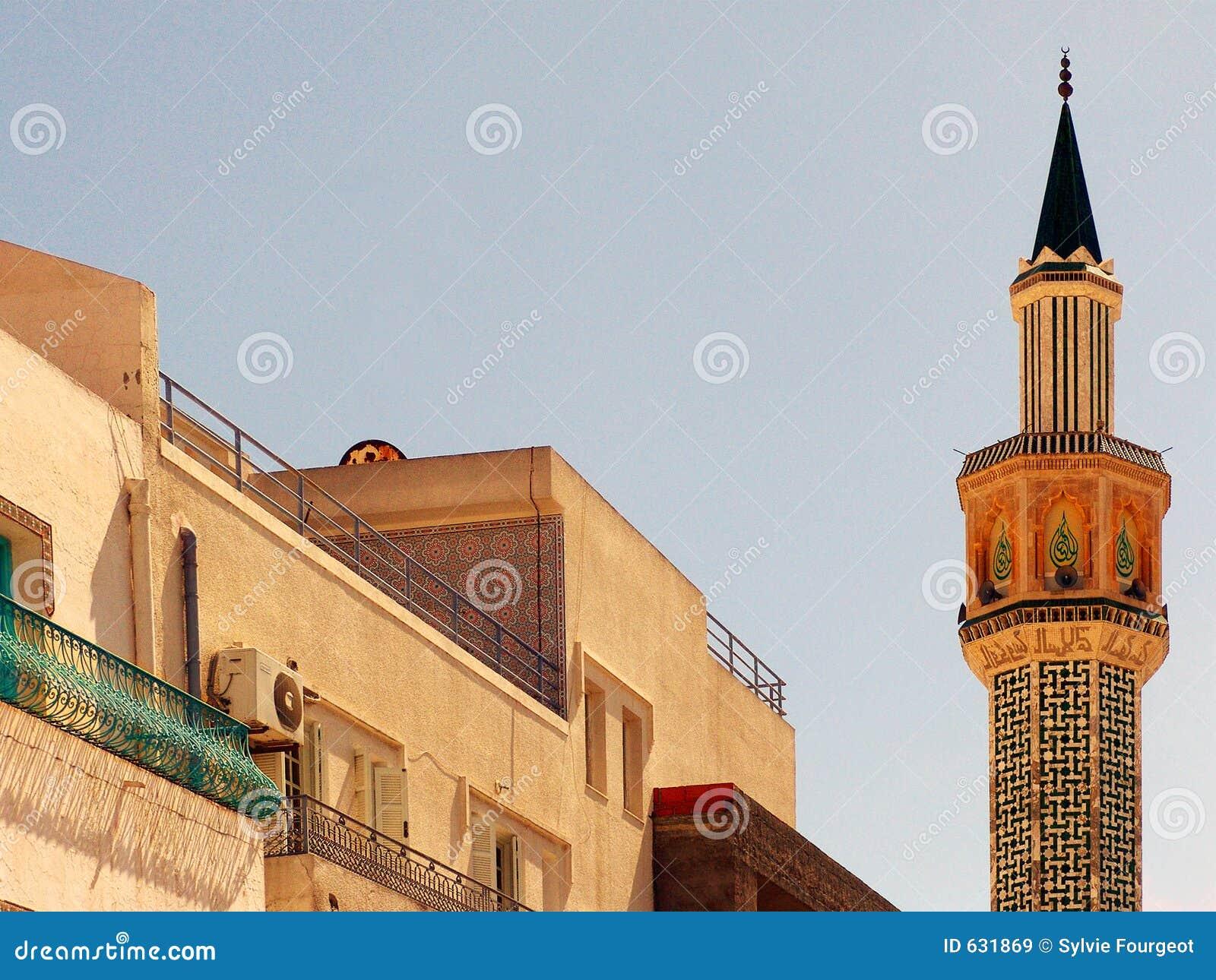 Minarete - cidade de Hammamet - Tunísia.