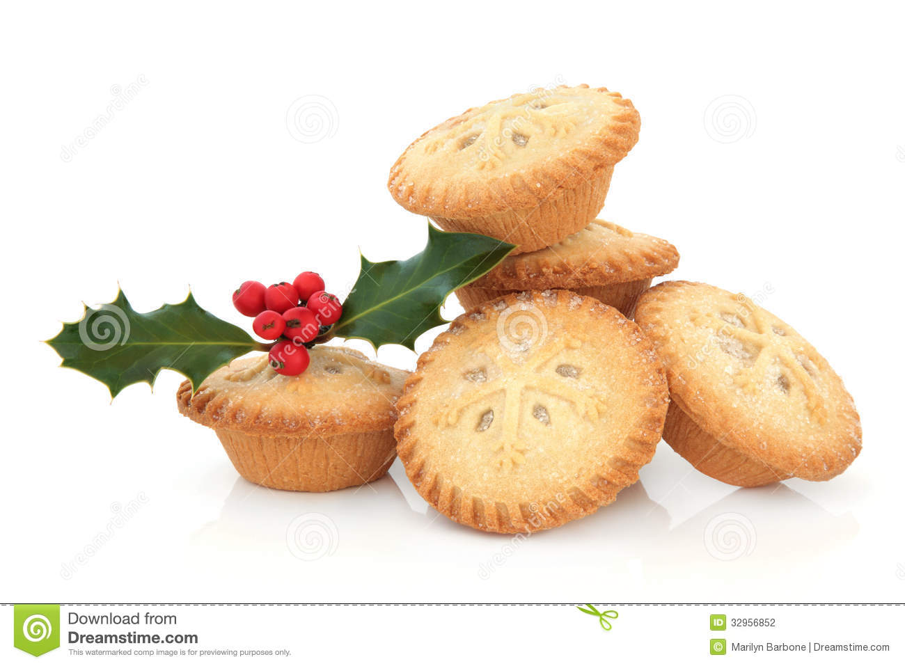 Kitchen themes coffee - Mince Pies With Snowflake Design And Holly Berry Leaf Sprig Over White