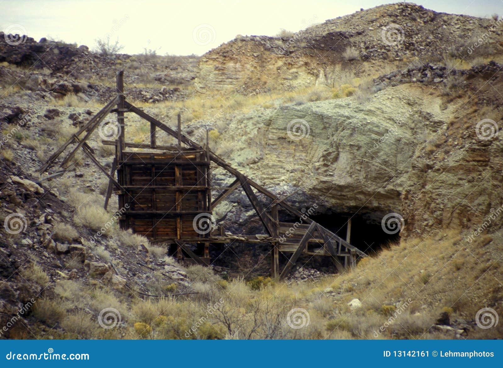 Mine Shaft Entrance Stock Image - Image: 13142161