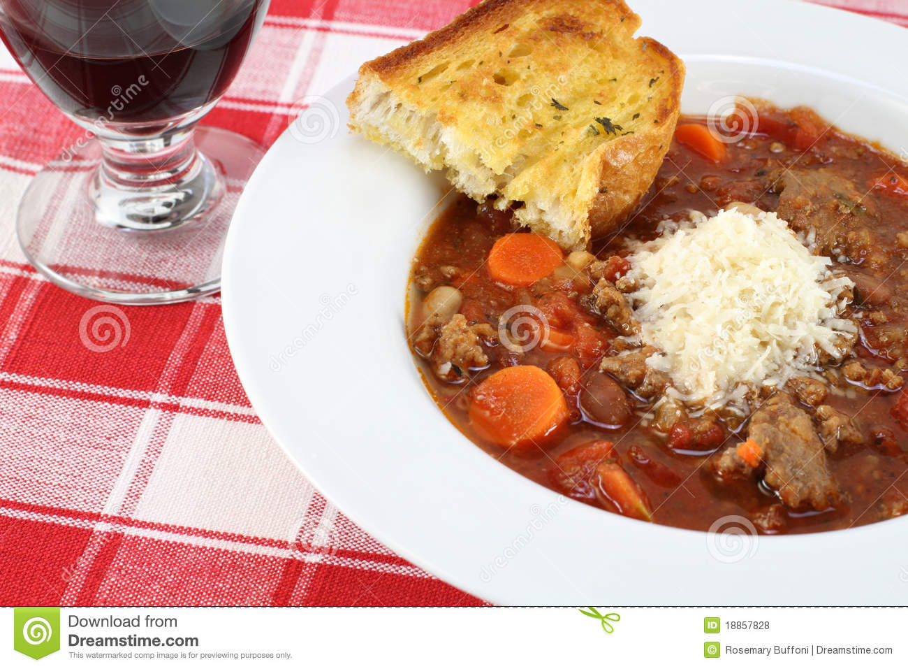 Minestrone Soup And Garlic Bread. Royalty Free Stock Photos - Image ...
