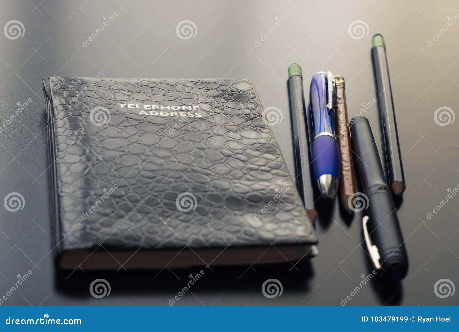 Minha mesa no escritório e nos materiais de escritório