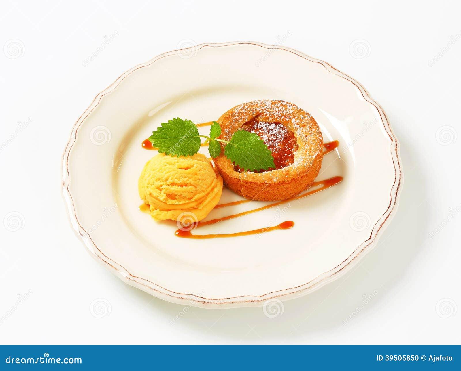 Mini Apple Tart With Ice Cream Stock Photo - Image: 39505850