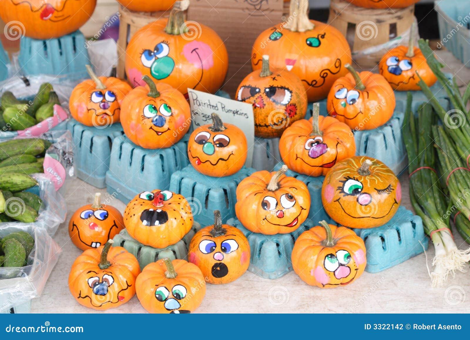 Mini calabazas pintadas foto de archivo imagen de anaranjado 3322142 - Calabazas de halloween pintadas ...