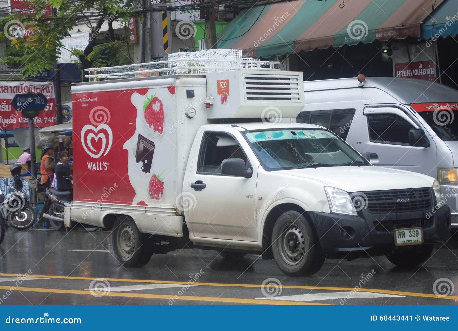 Mini camión refrigerado del envase del helado de la pared