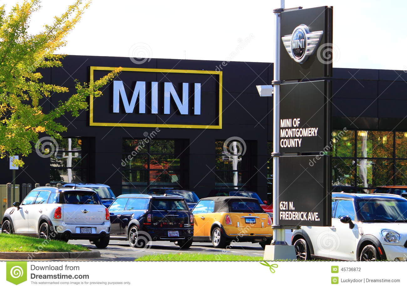 Mini Cooper Dealers >> Mini Car Dealership Editorial Photography Image Of Cooper