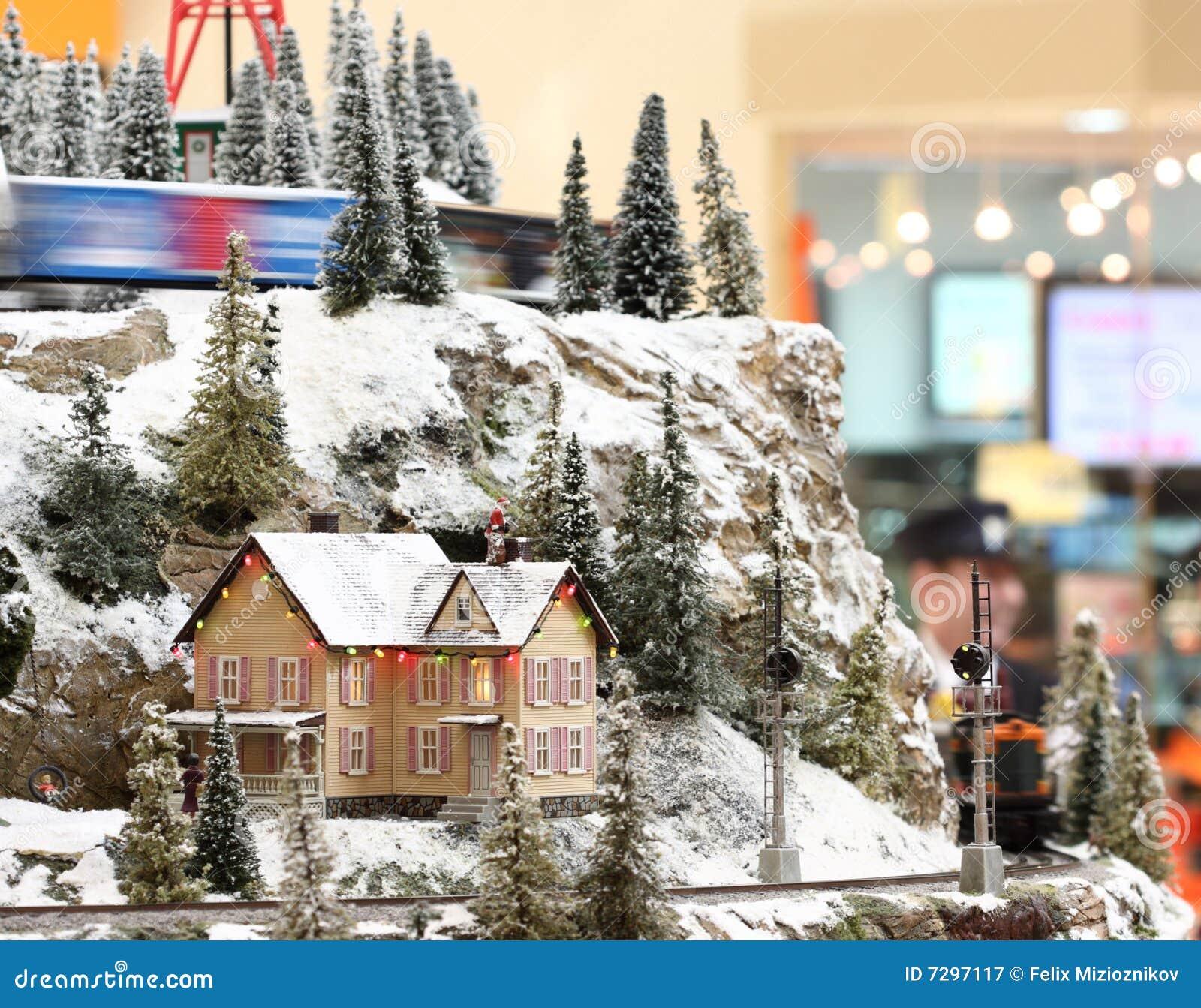 Mini casa en una colina