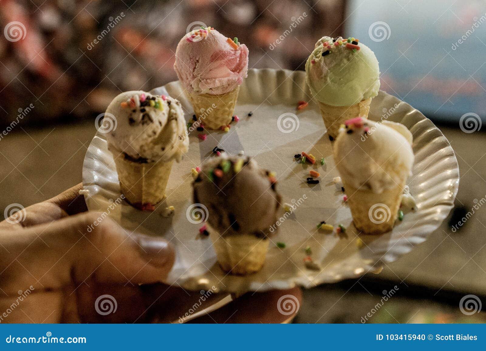Mini cornets de crème glacée