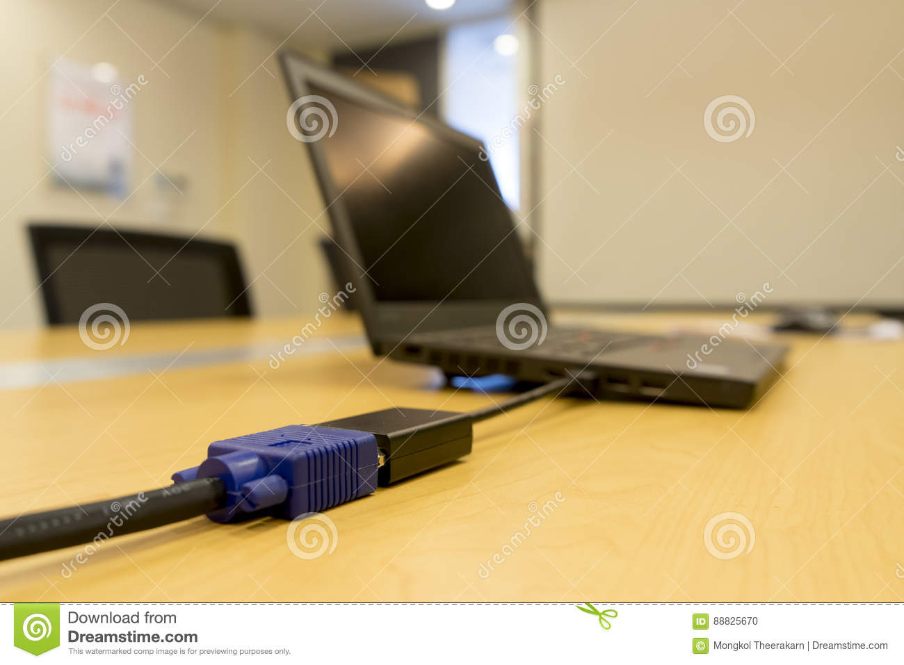 mini dvi from laptop to vga video cable projector on. Black Bedroom Furniture Sets. Home Design Ideas