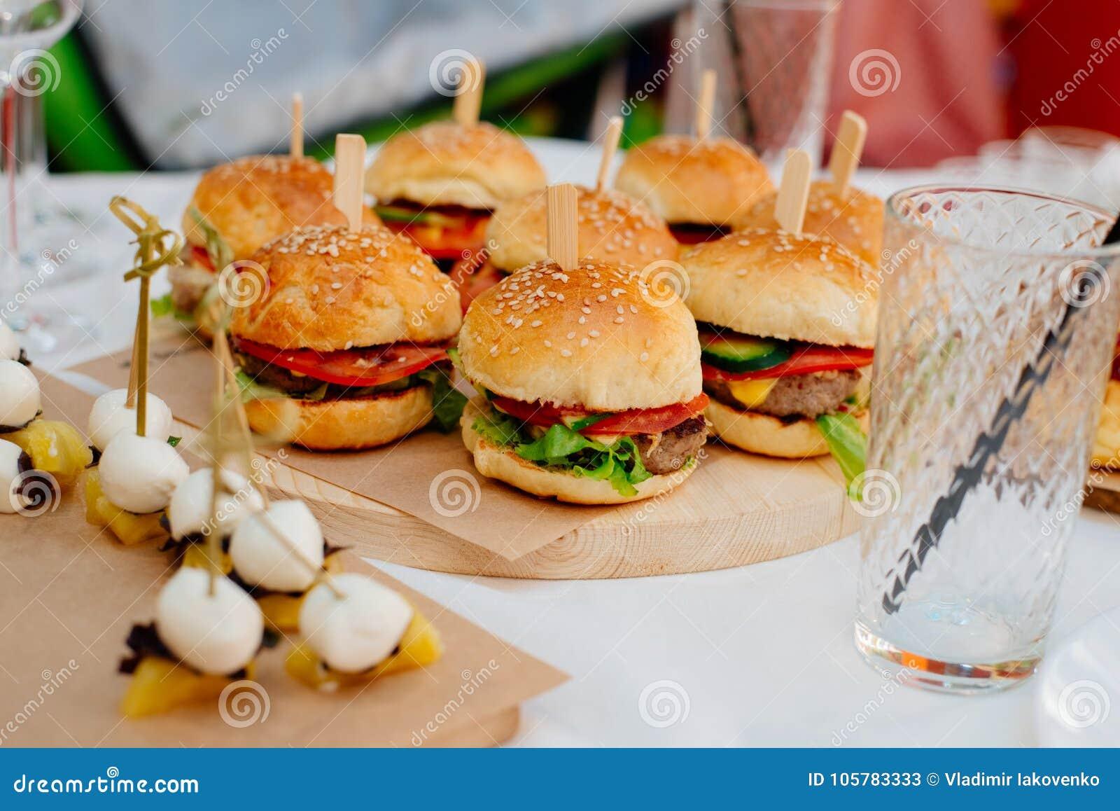 Mini hamburgers pour une partie