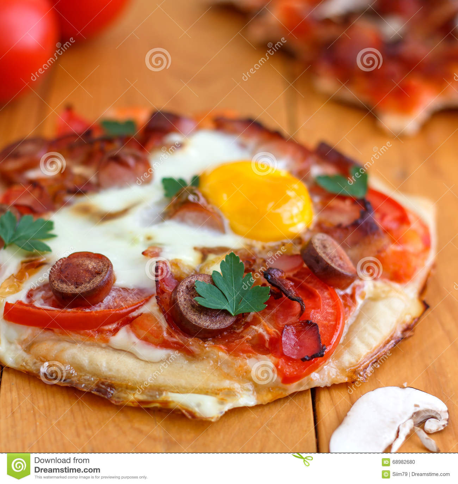 Mini Homemade Breakfast Pizza