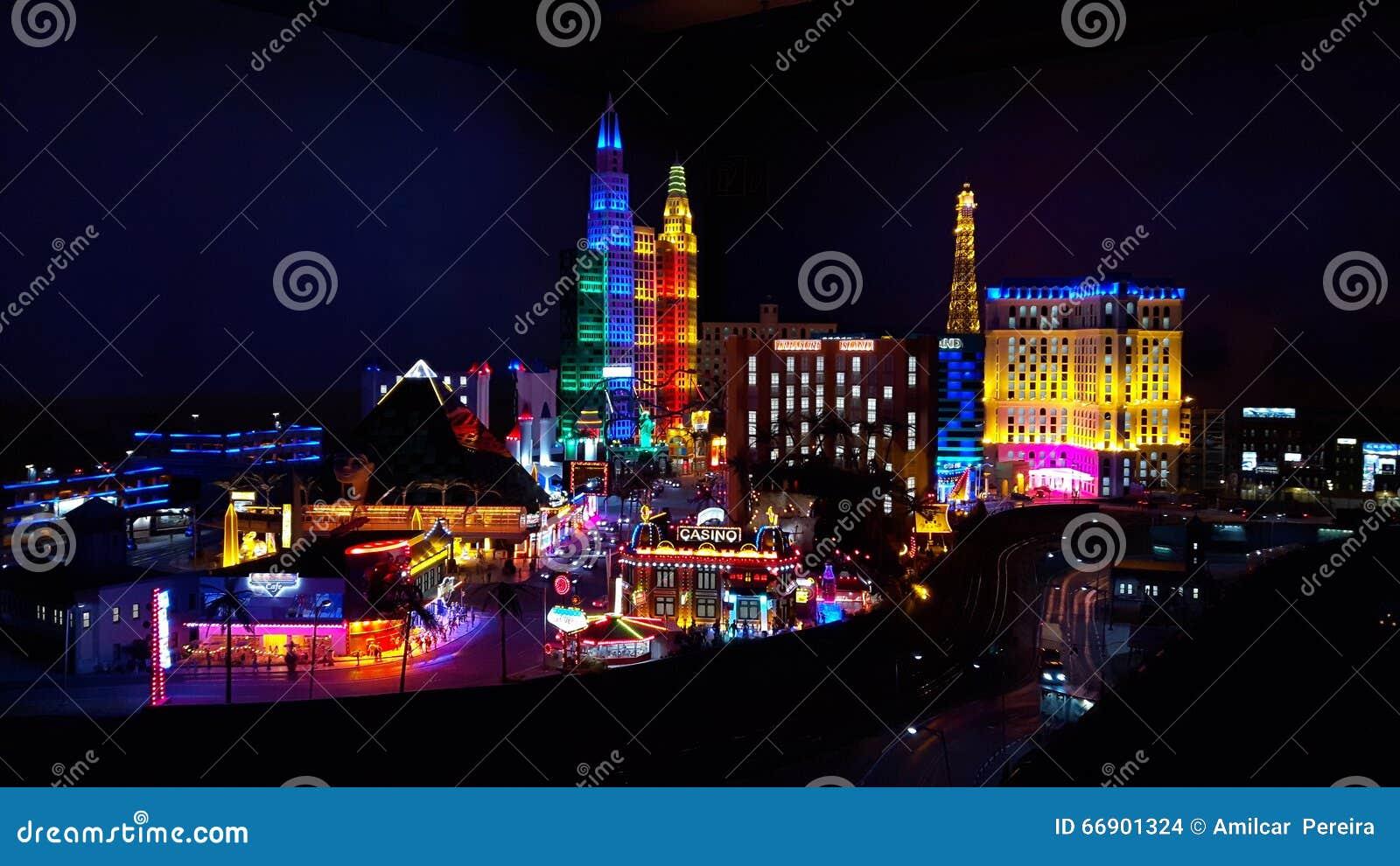 Mini Las Vegas >> Mini Las Vegas Zdjecie Stock Obraz Zlozonej Z Hamburger 66901324