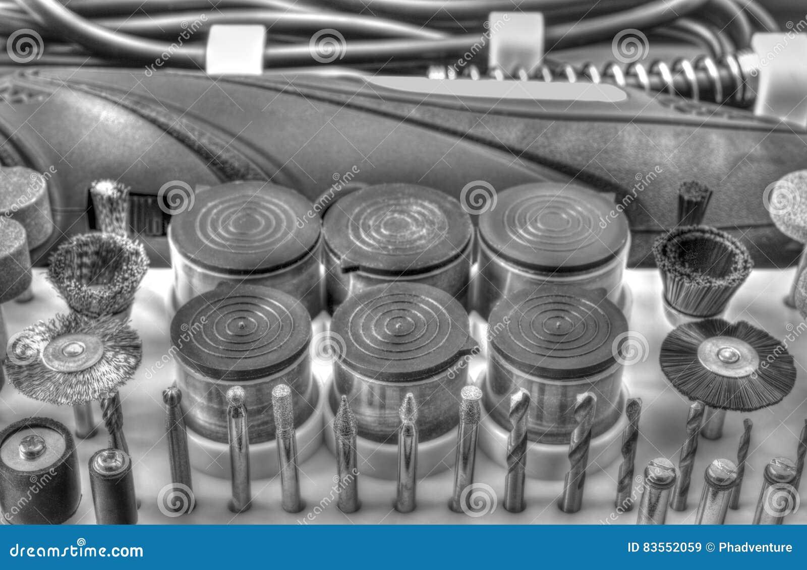 Mini macchina del trapano con l 39 insieme degli accessori for Accessori macchina