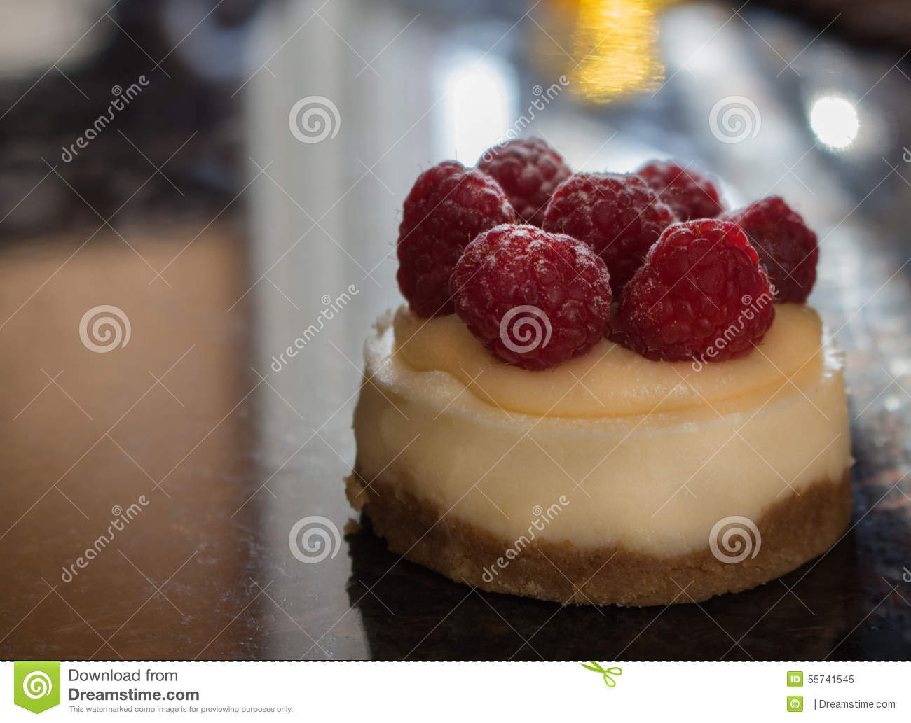 Mini malinowy cheesecake