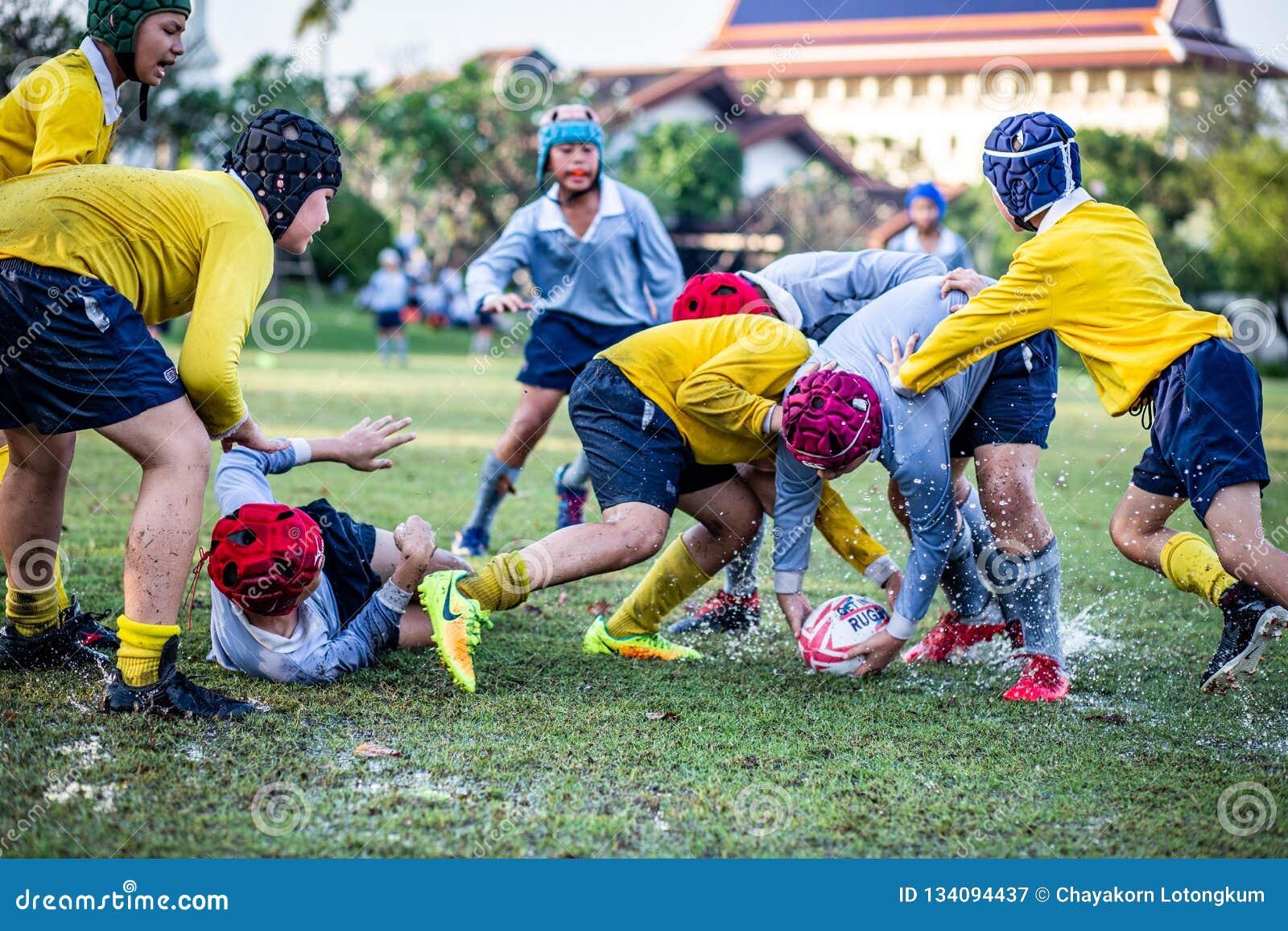 Mini Rugby-gelijke met jongensspeler