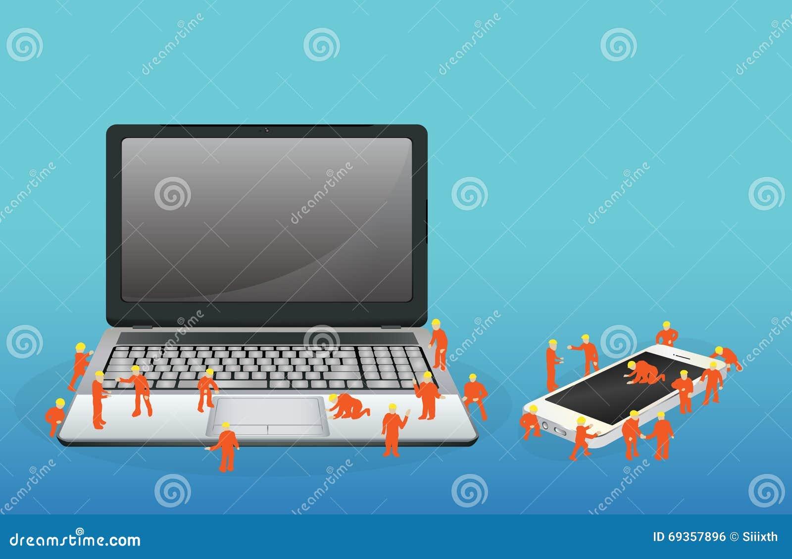 Mini trabalhador que trabalha em um laptop e em um smartphone