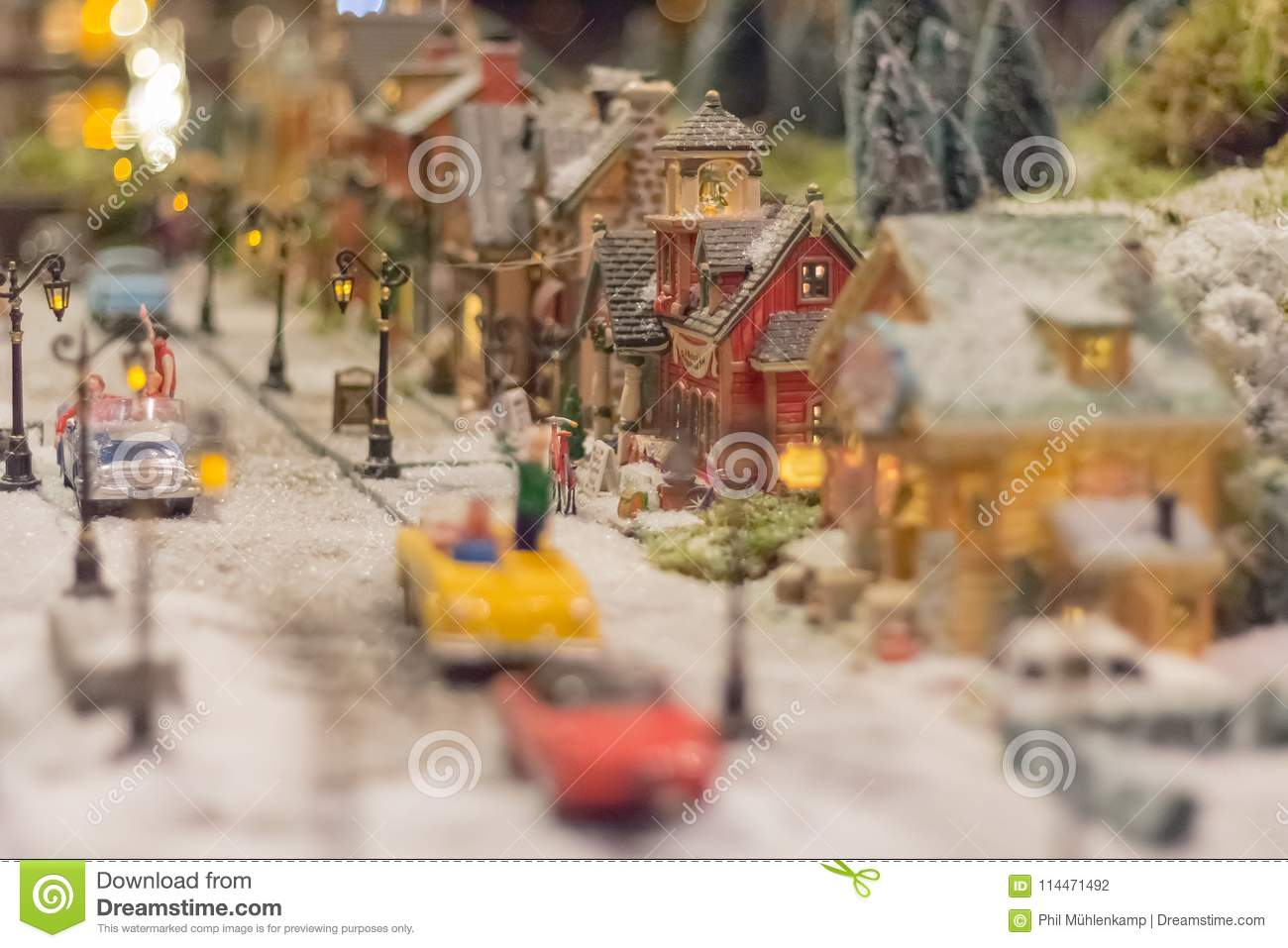 miniature christmas village christmas world with snow people - Miniature Christmas Town Decorations