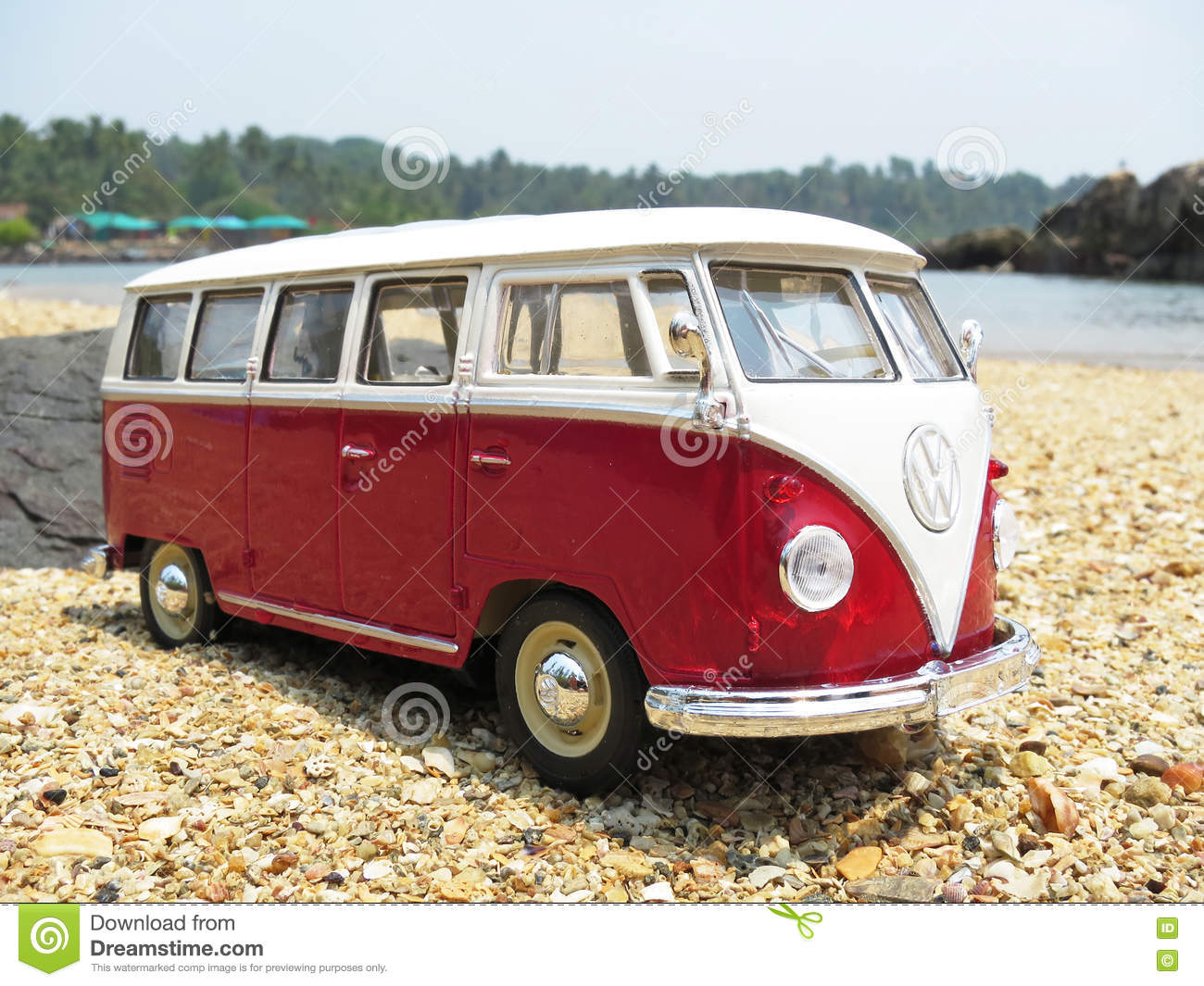 miniature vw bulli 1962 on the beach editorial photography. Black Bedroom Furniture Sets. Home Design Ideas