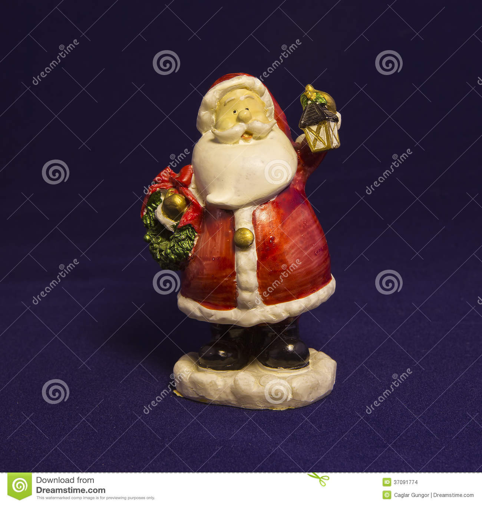 Download Miniaturowy Święty Mikołaj zdjęcie stock. Obraz złożonej z obdarzony - 37091774