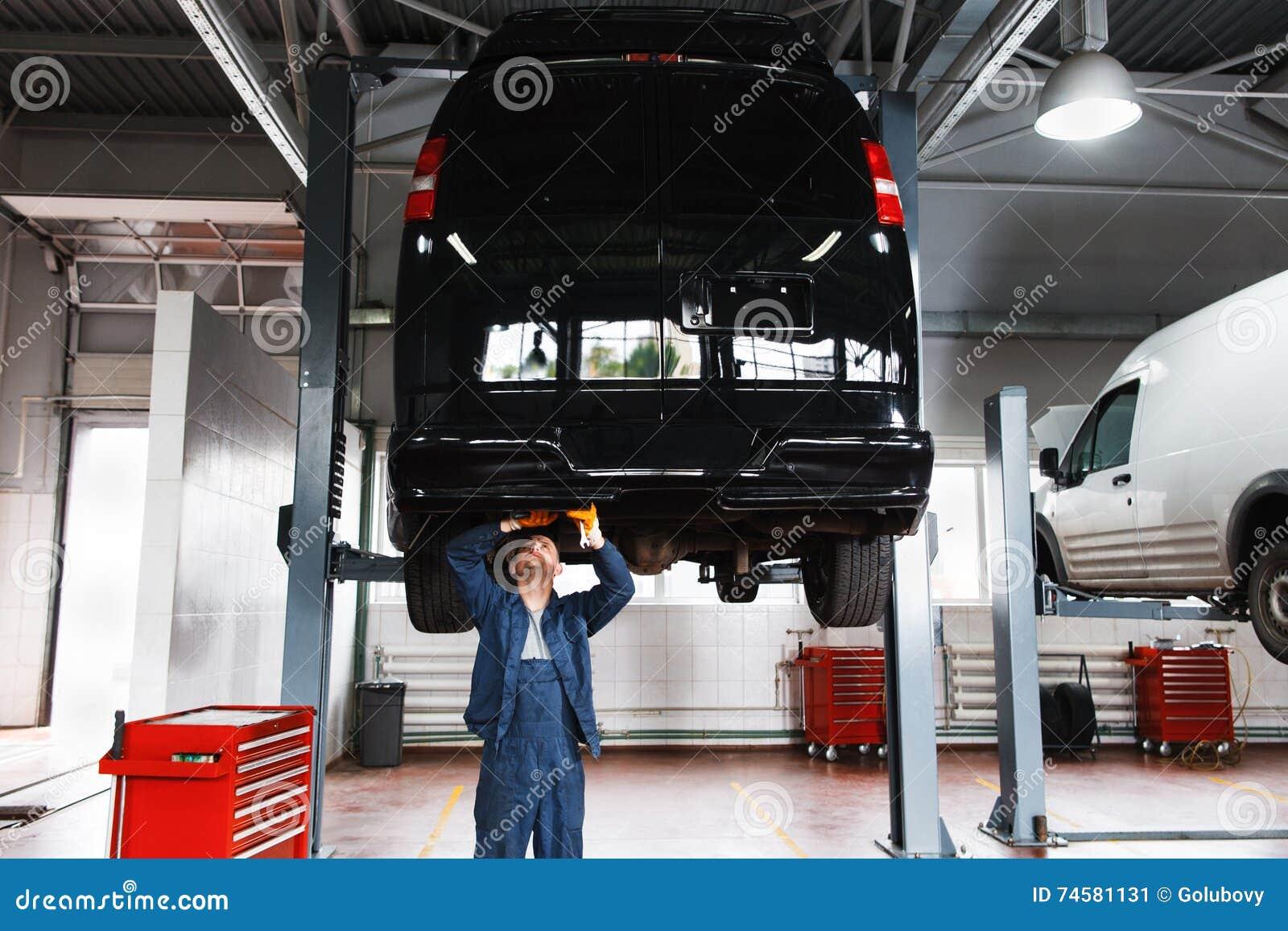Car interior maintenance - Minibus Service Maintenance Garage Interior
