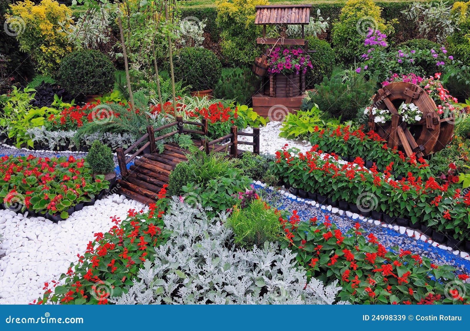 Minigarten Stockbild Bild Von Schön Vegetation Nave 24998339
