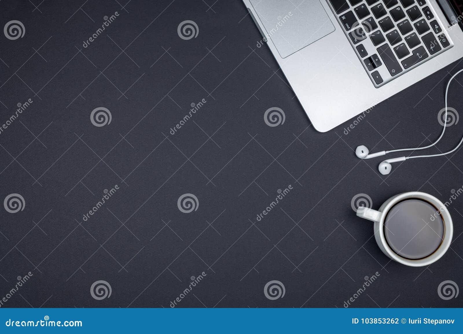 Minimalny ministerstwa spraw wewnętrznych biurko Odgórnego widoku strzał