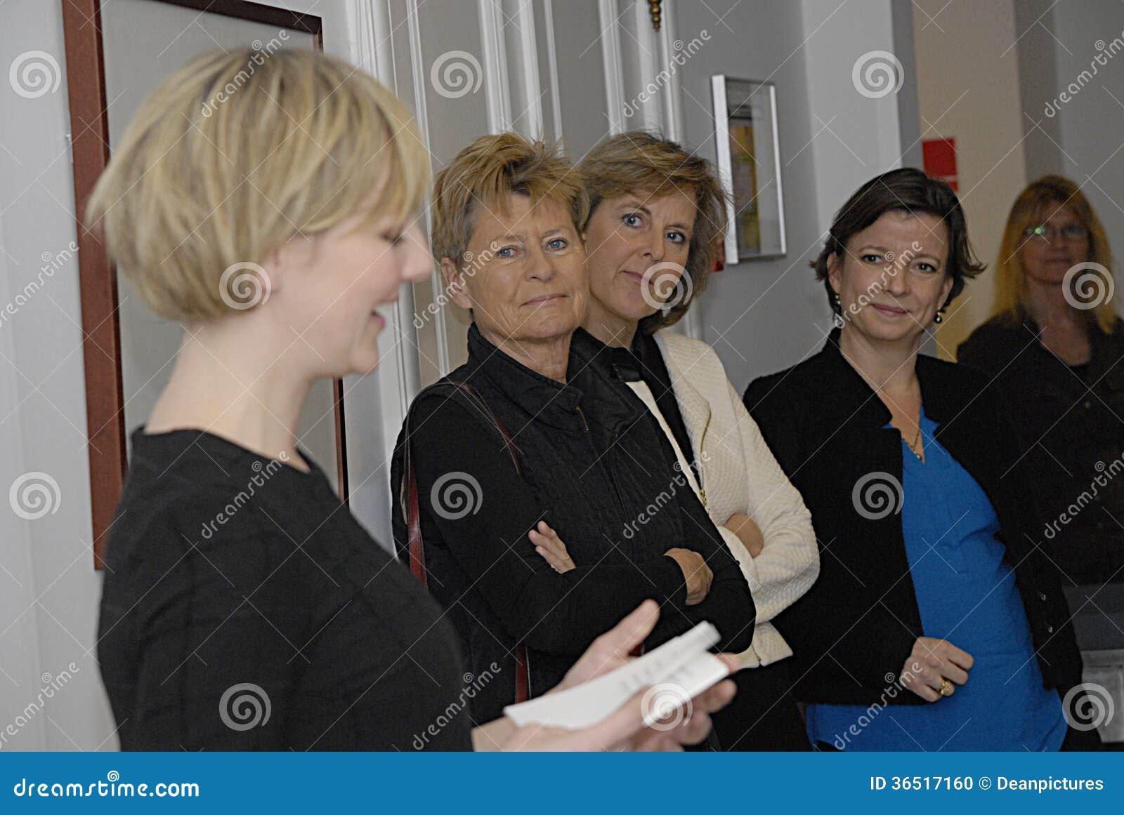 MINISTRE DE MS.IDA AUKEN D ENVIRONNEMENT