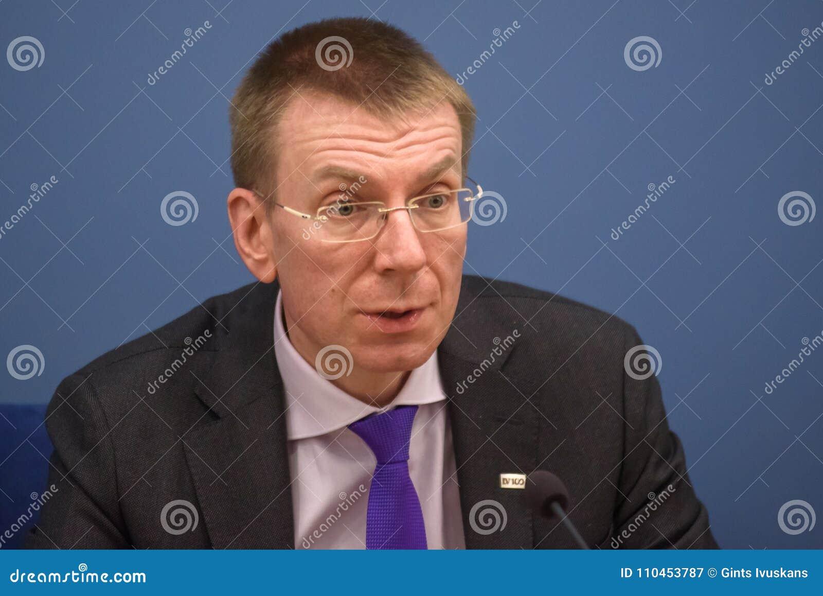 Ministro de los asuntos exteriores letón Edgars Rinkevics