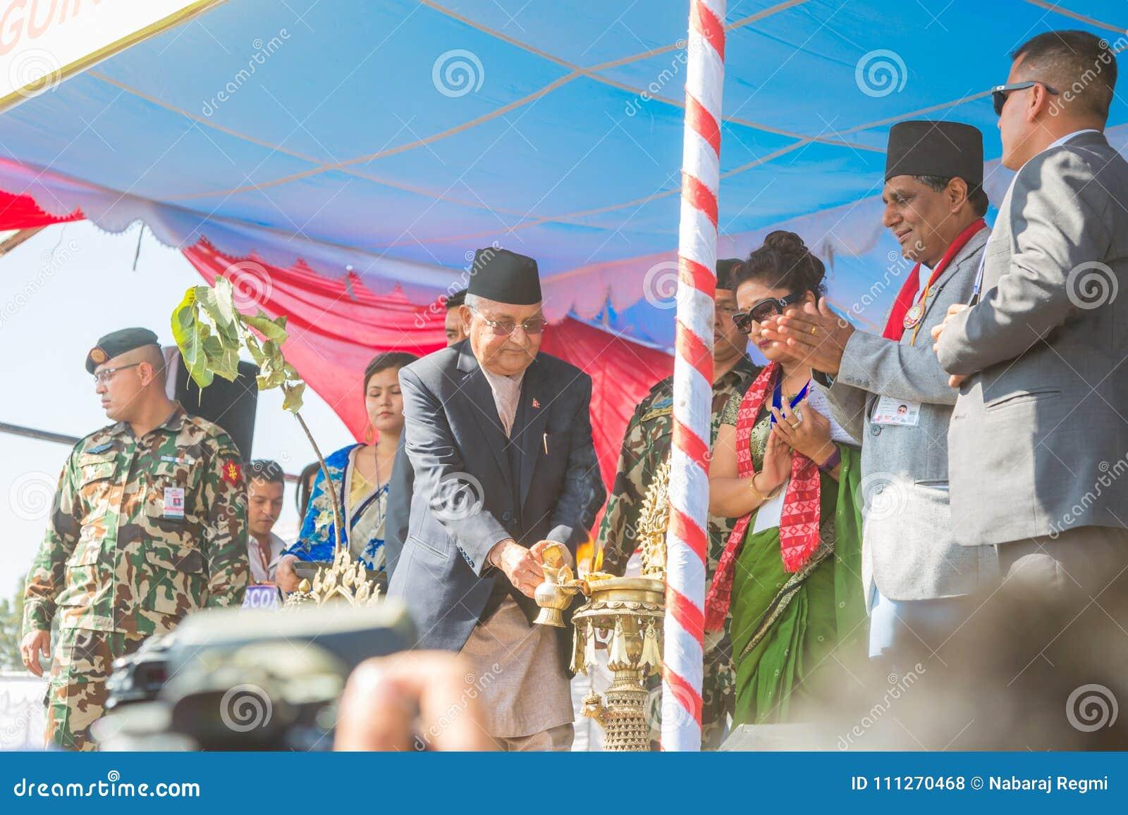 Ministro Mr do ` s de Nepal primeiro KP Sharma Oli Taking Part no evento 2018 dos recordes mundiais de Guinness