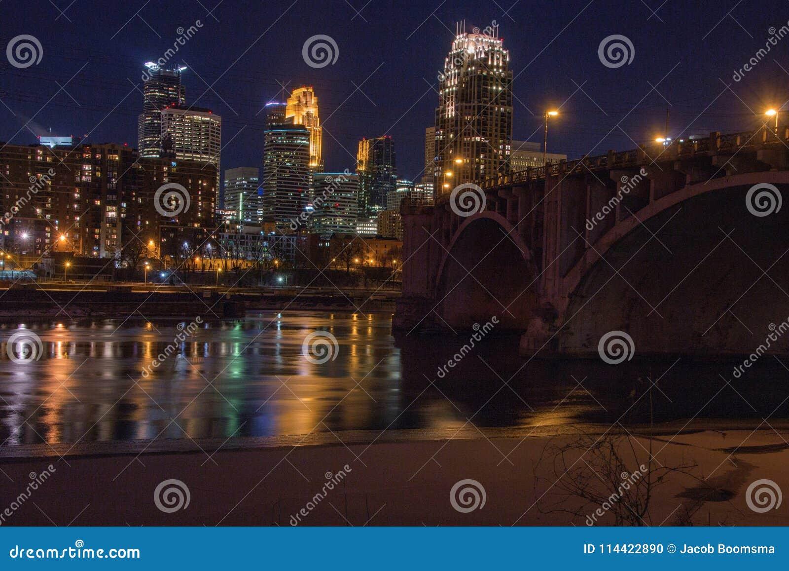 Minneapolis linia horyzontu w Minnestoa, usa