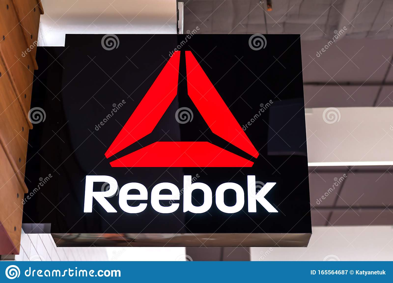 reebok shoes sign
