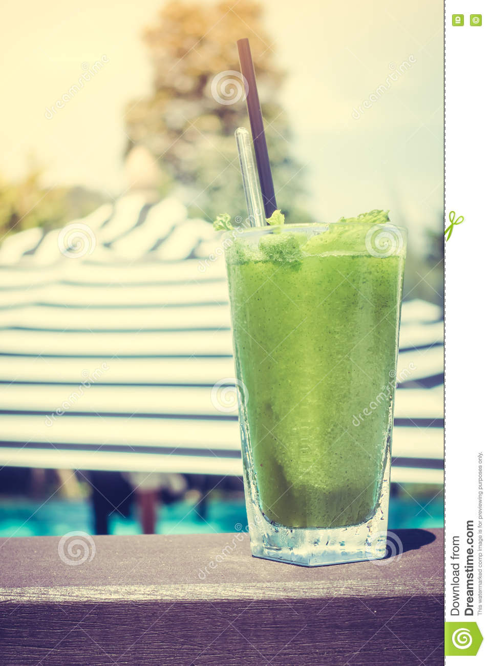Mint juice stock photo image 73122863 for Swimming pools drank instrumental
