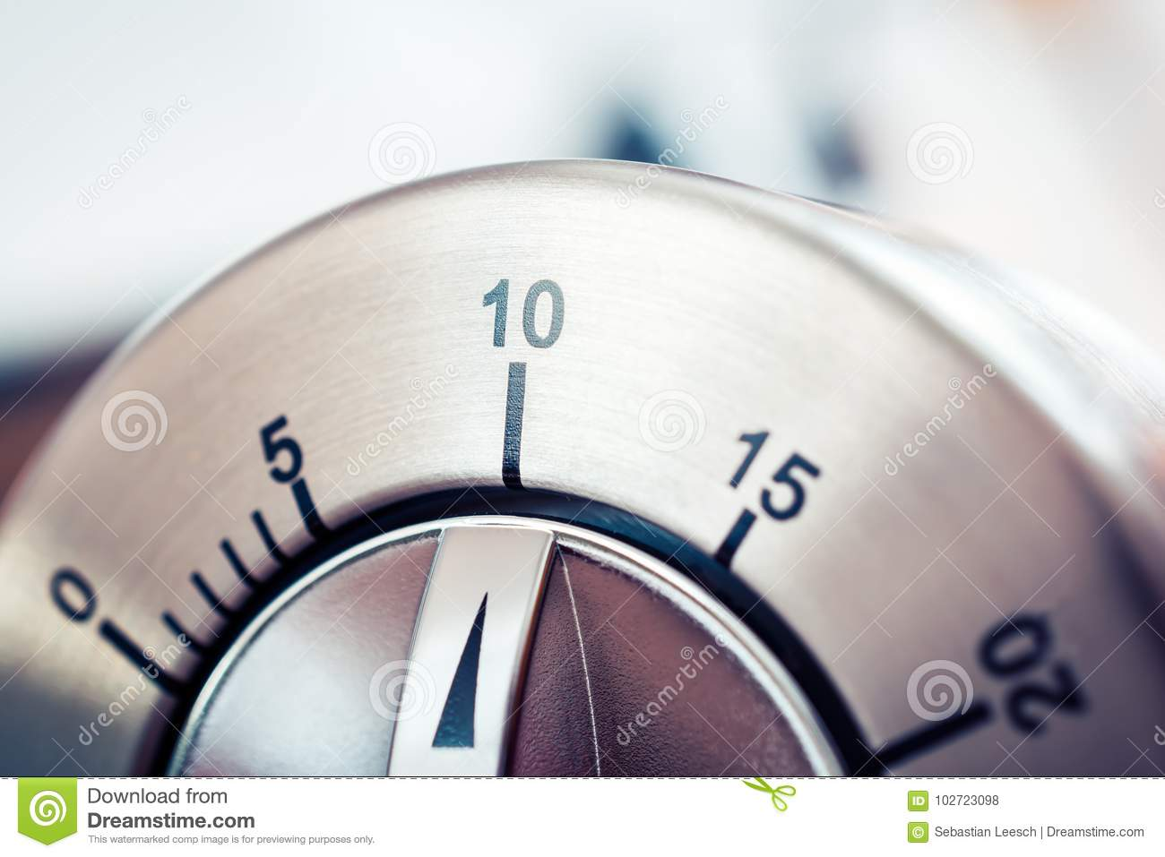 10 minutes analog chrome kitchen timer stock photo image of