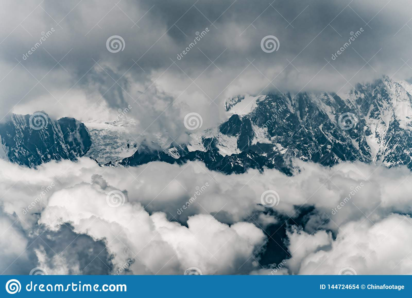 Minya Konka wysoka g?ra w Sichuan, Chiny