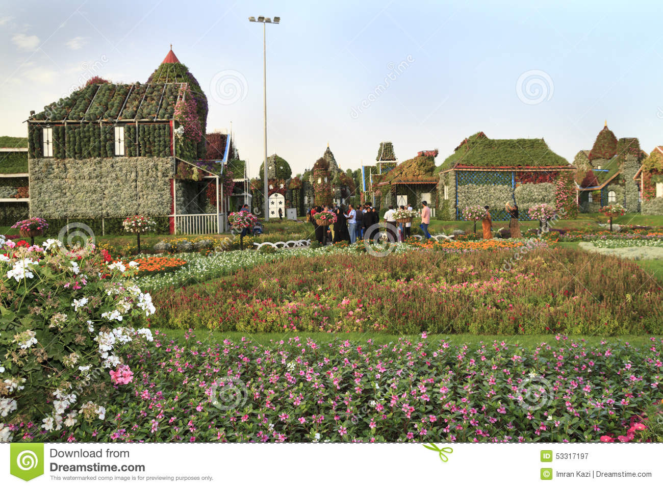 Miracle Garden - Dubai editorial photography. Image of time - 53317197