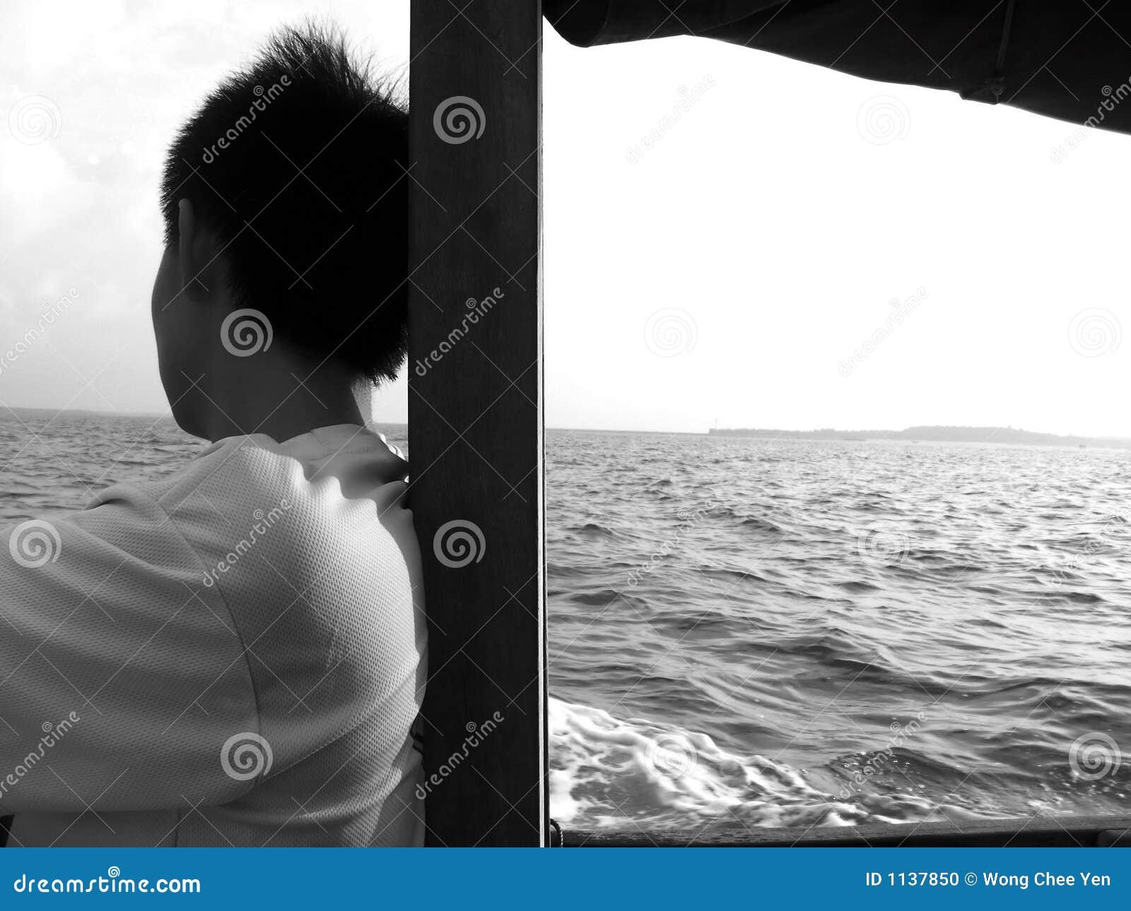 Mirada del mar que le falta