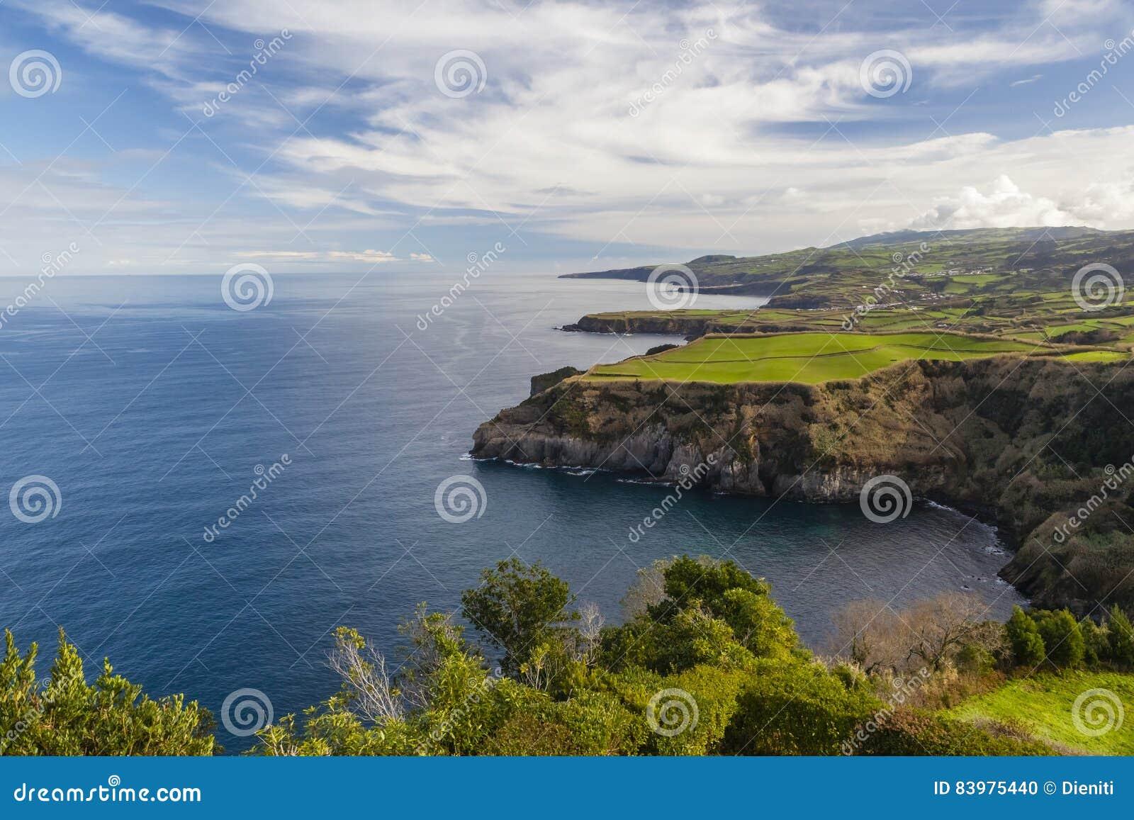 从Miradouro De圣诞老人Iria,亚速尔群岛,葡萄牙的看法