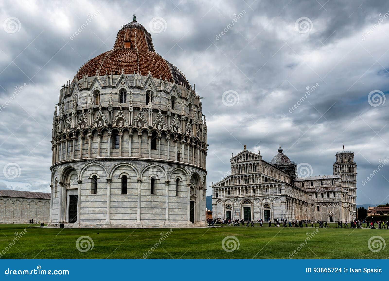 Mirakelfyrkant i Pisa