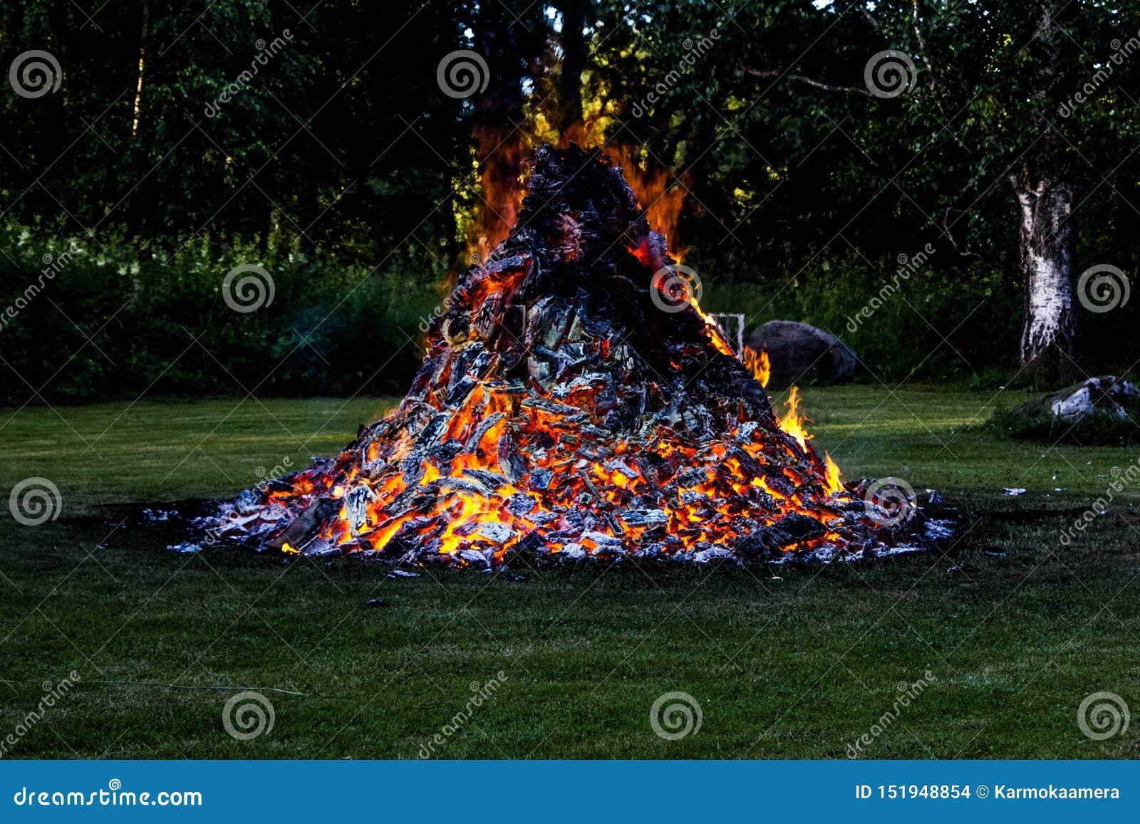 Mire mi fuego
