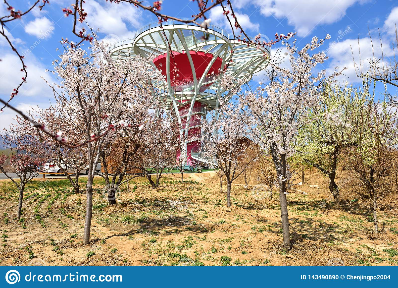 The Mirror-Flower-Terrace-Brief glass viewing tower in the poor mountainous areas of northern China