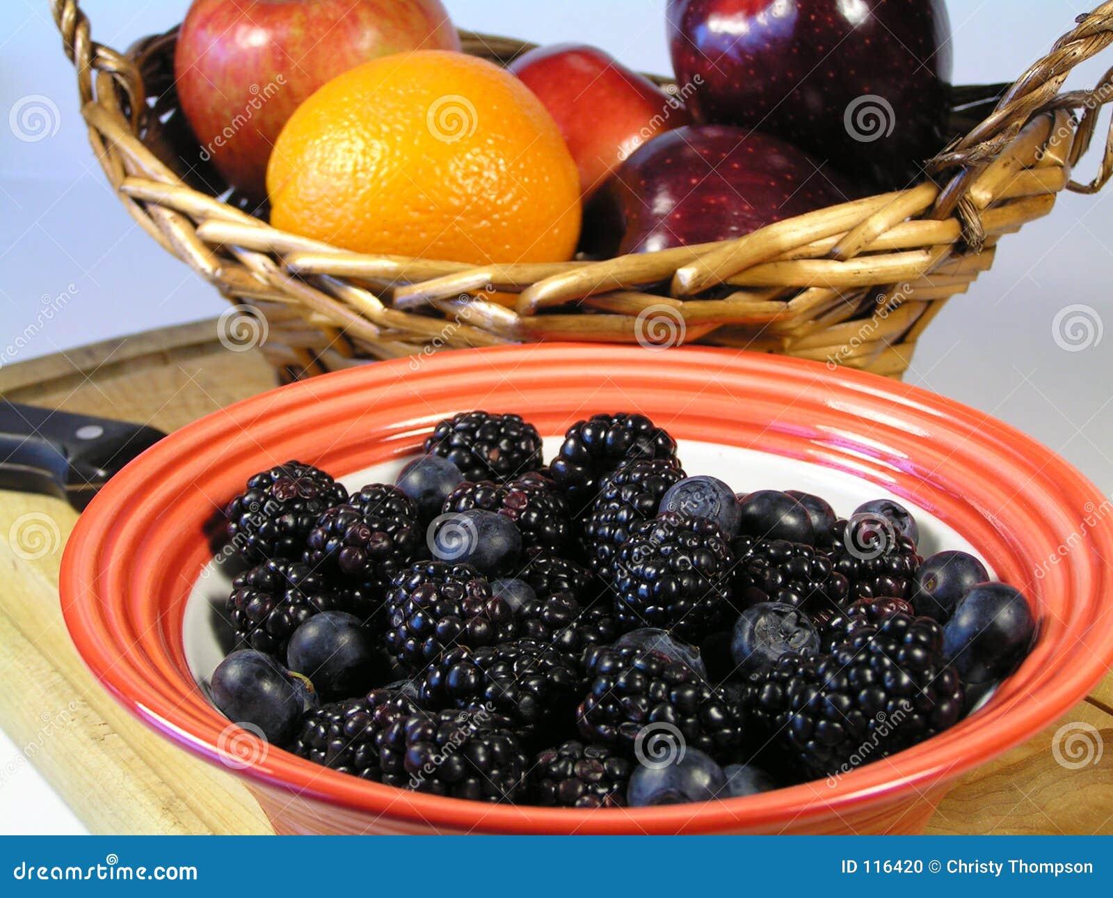 Mischbeeren und Frucht