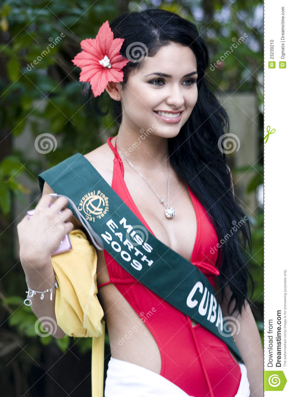 A candidate for miss universe takes good burst of cum - 2 6