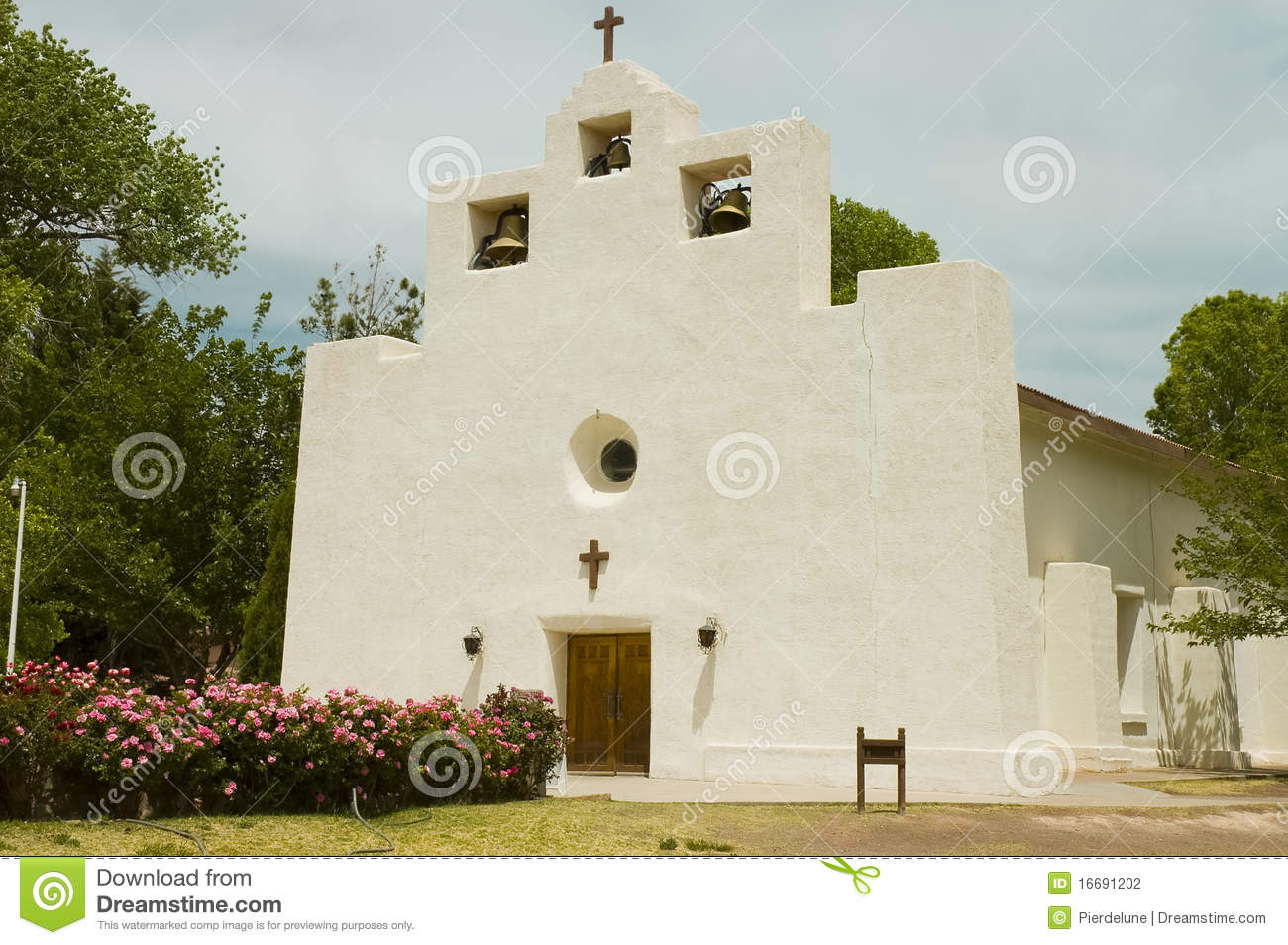 Mission church in stucco stock photo image of for Mission stucco