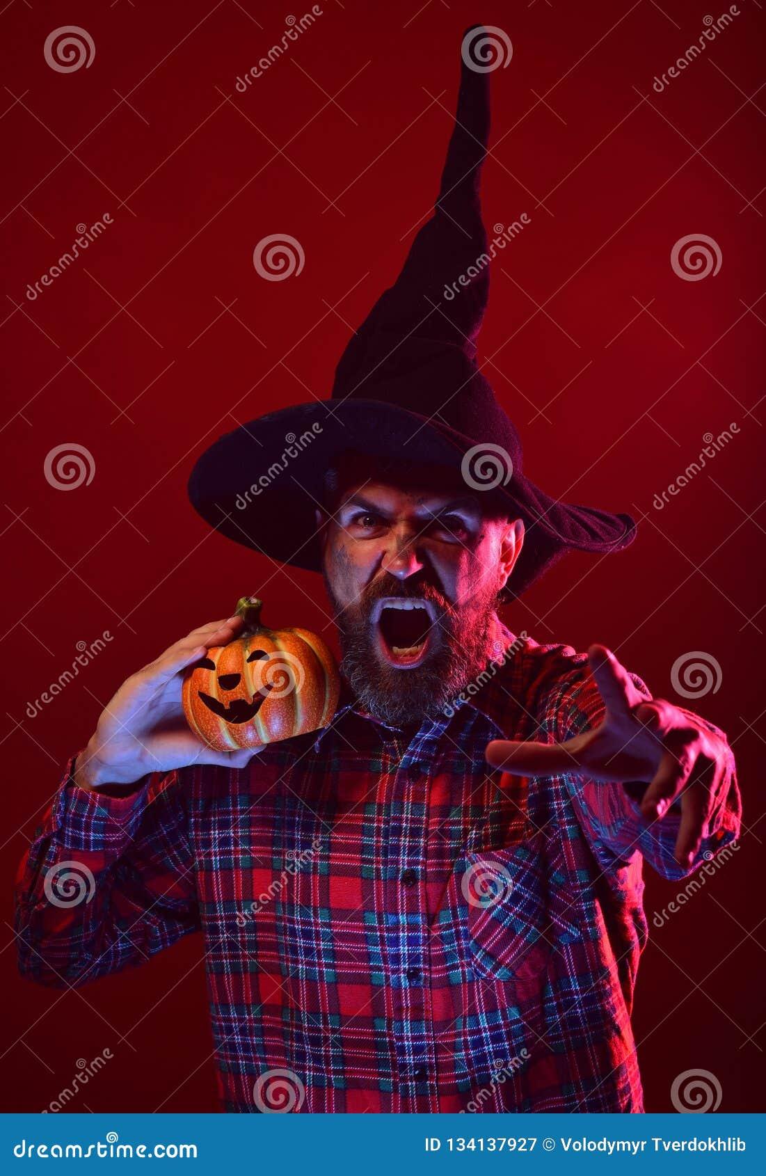 Misterio de Halloween y concepto de la magia