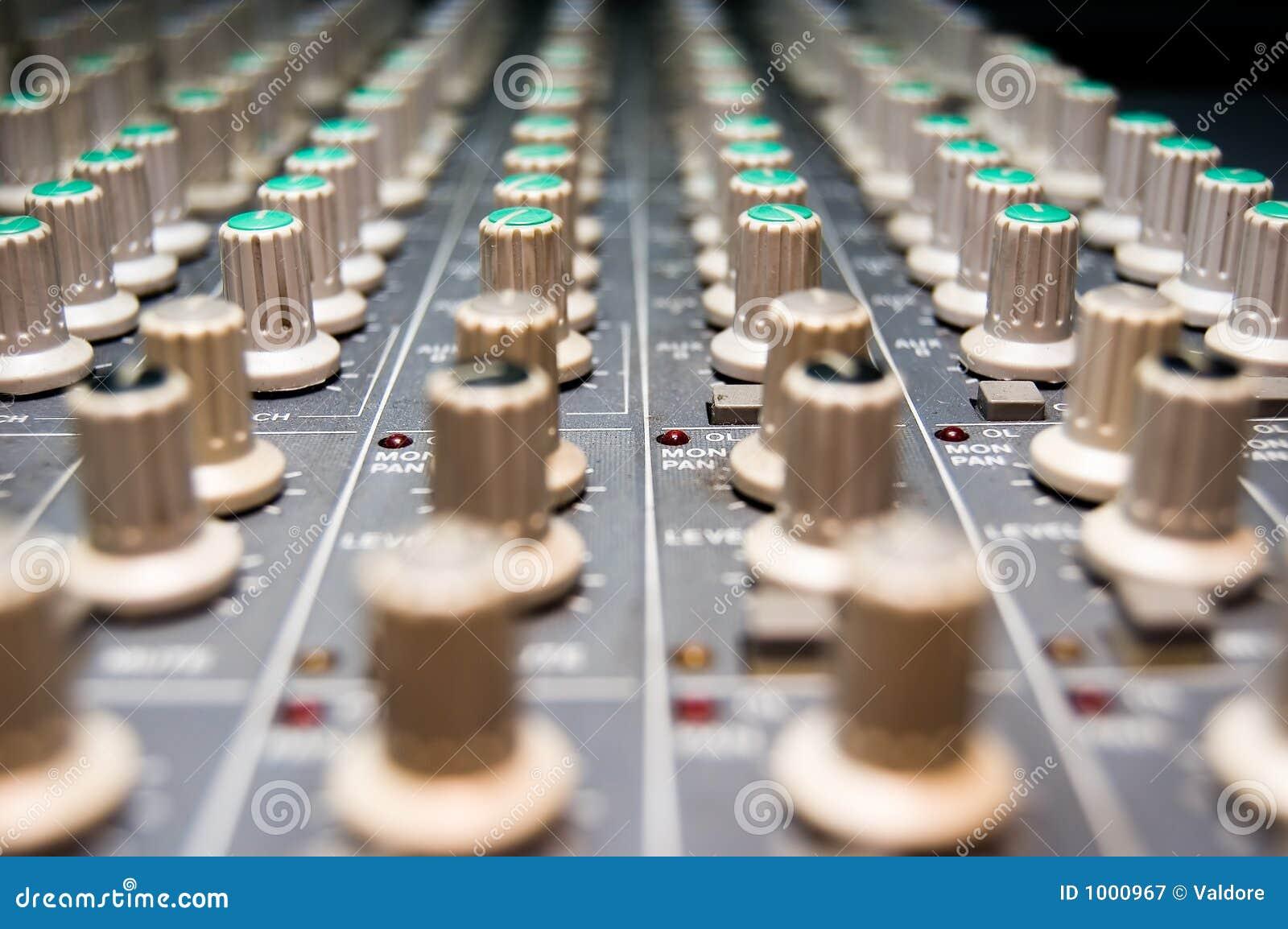 Misturador do estúdio
