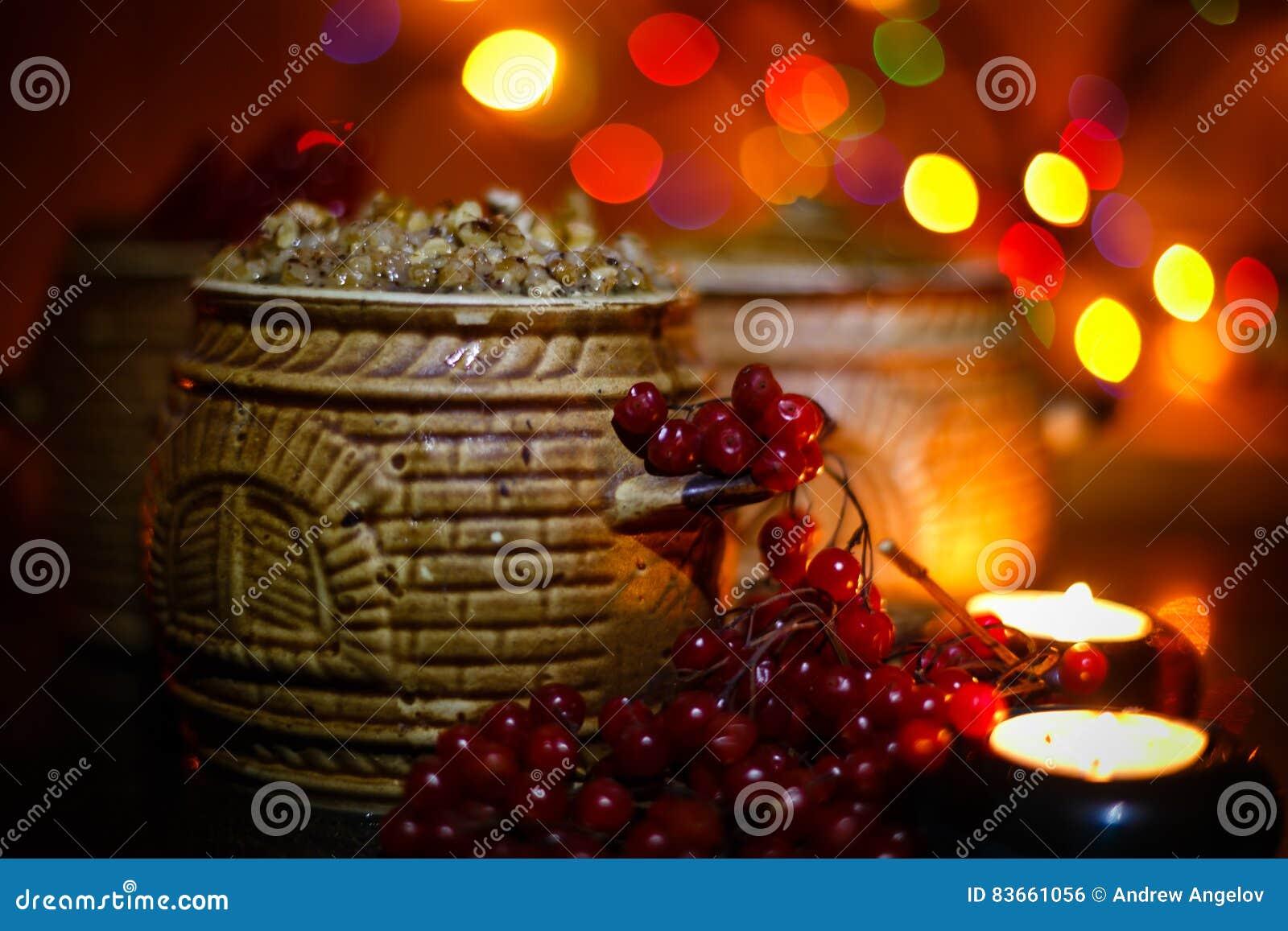 Mit Kutia - Traditionelles Weihnachtssüße Mahlzeit In Ukraine, In ...