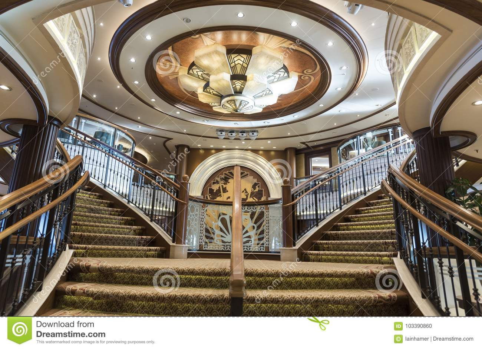 Mitgliedstaat Queen Elizabeth Grand Foyer Staircase
