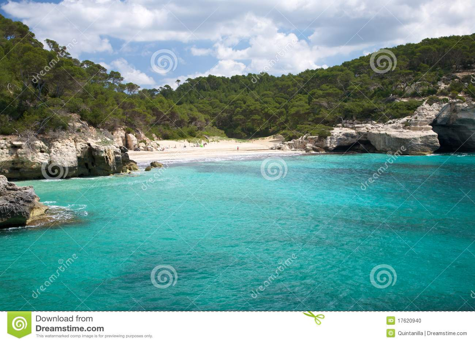 Mitjana пляжа
