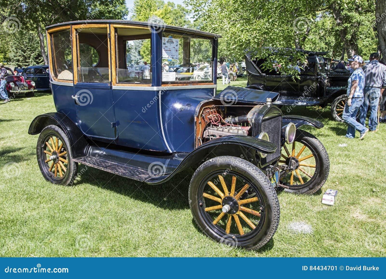 Mitte-Türauto 1921 Ford Models T