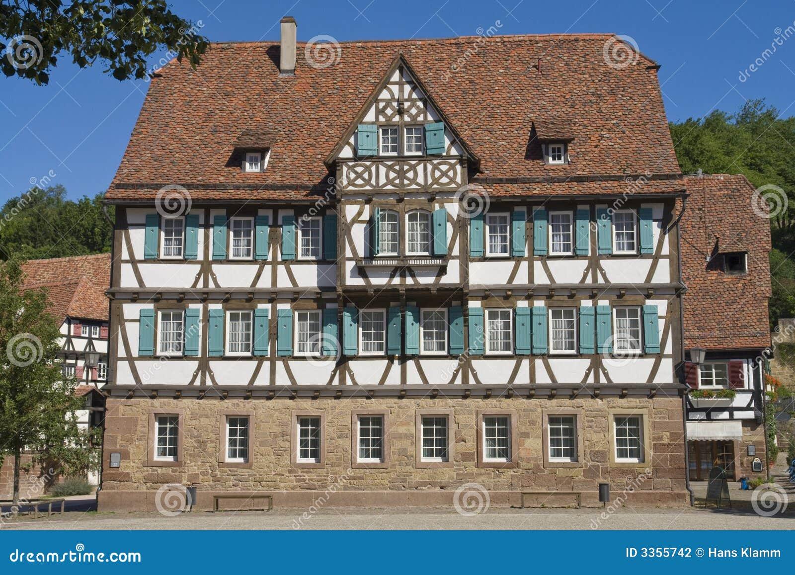 Mittelalterliches haus stockfotografie bild 3355742 - Fotos van huis ...